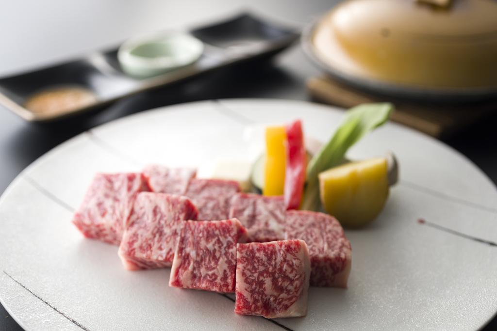 知多牛の陶板焼き 一例
