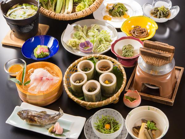 【山菜料理一例】デトックス効果まで!?栄養豊富な山菜をどうぞご堪能ください