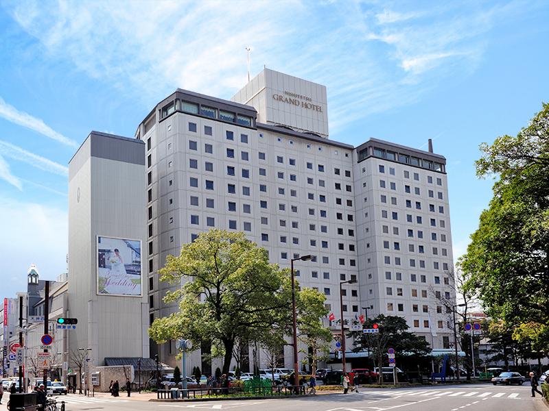 外観 昼イメージ:福岡の中心に位置し交通機関は大変便利です。