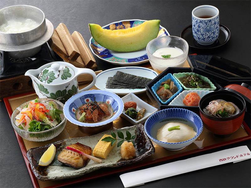 朝食:松風「特選和朝食膳」