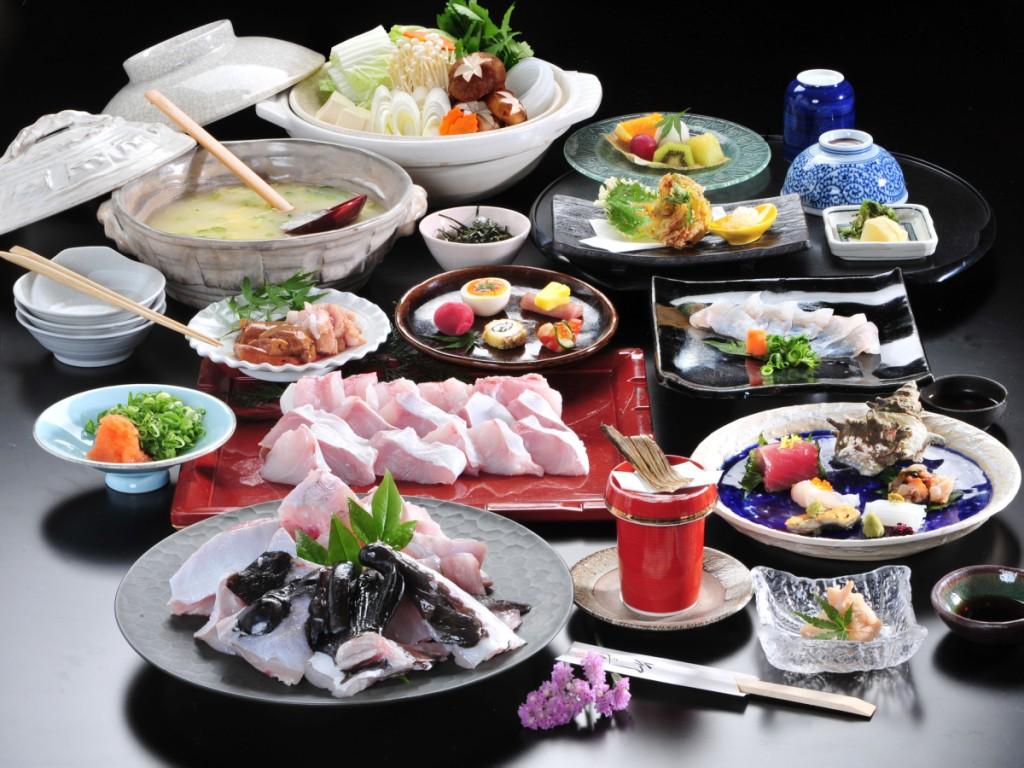 天然本クエ・クエ大鍋(4名盛)