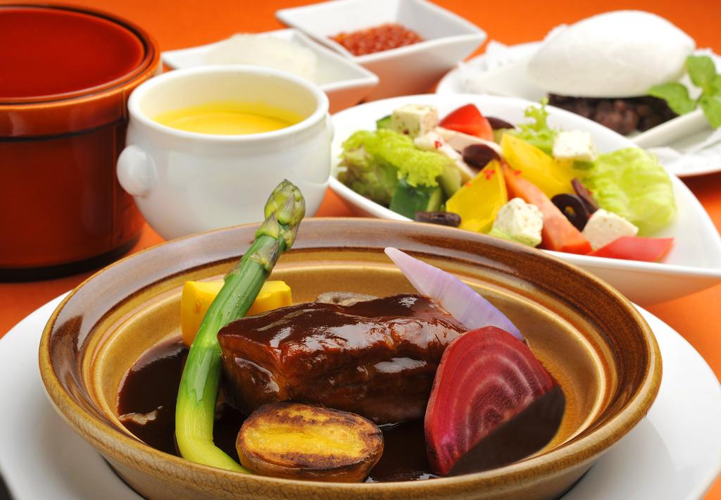 ニューオータニ プレミアム御膳【道産牛ビーフシチュー 色々お野菜終え】