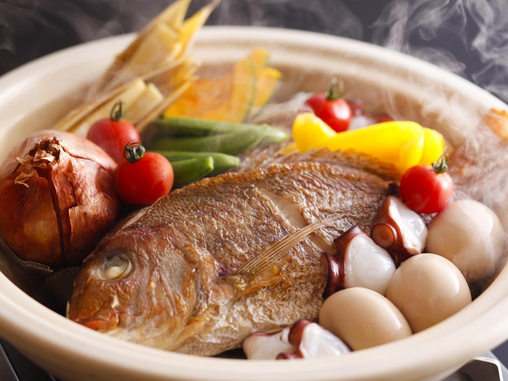 淡路島名物の「宝楽焼」は出来たてをダイナミックにお召し上がり頂きます≪料理イメージ≫