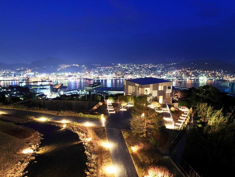 タワースイート越しの夜景(イメージ)