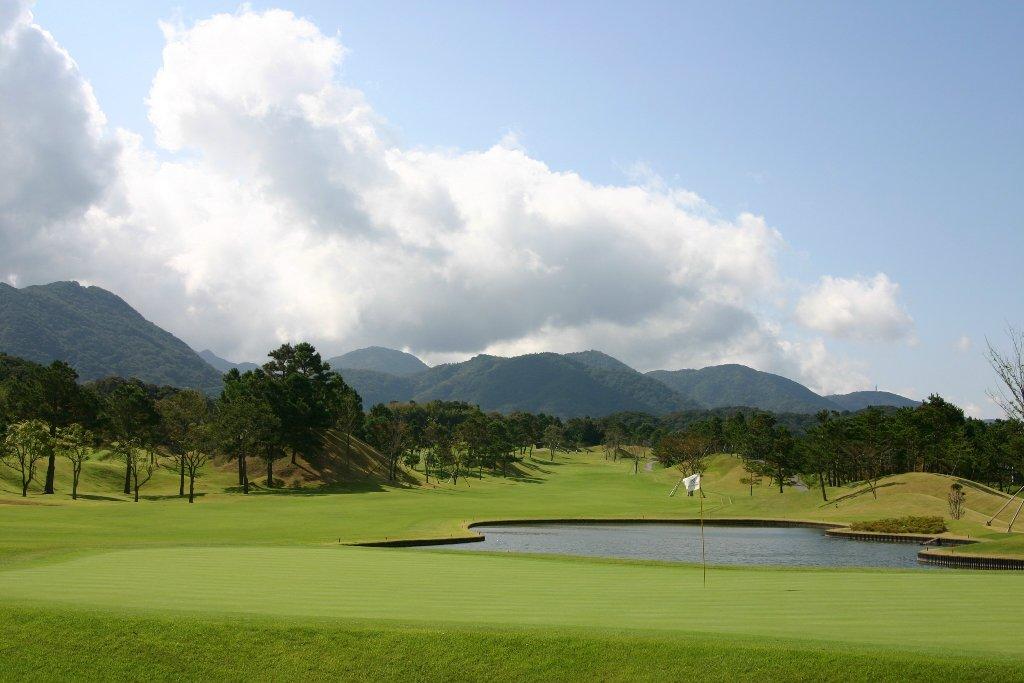 「リゾートステイ&ゴルフ」プラン<br>〜淡路島でゴルフを楽しむ〜