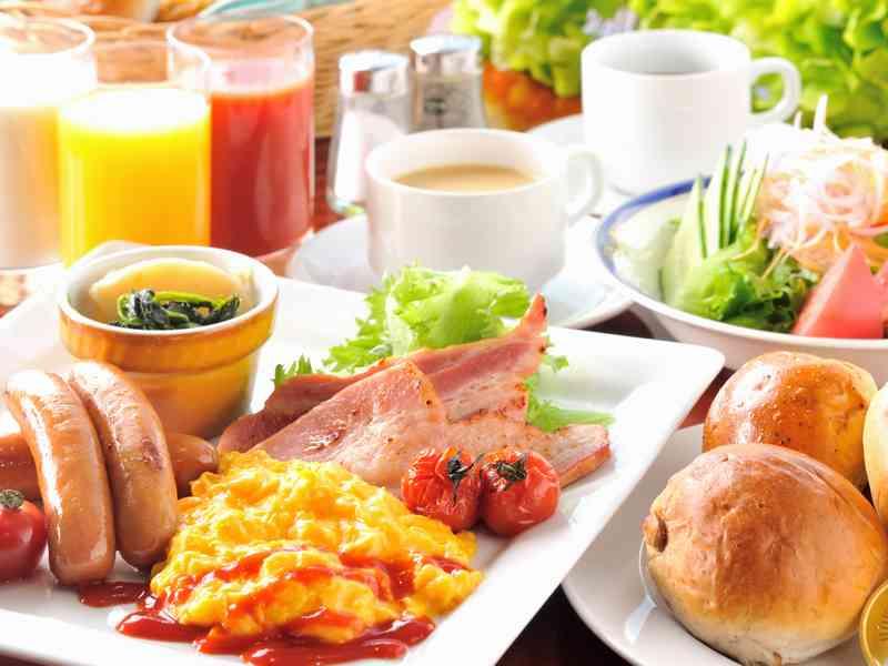朝食(和洋折衷バイキング)