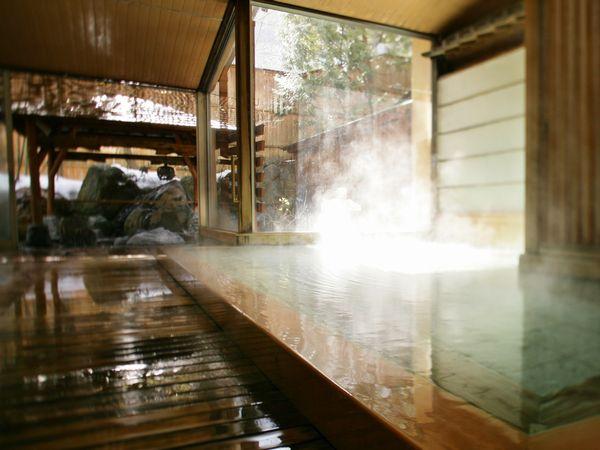 ゆっくり温まりたい冬の昼過ぎ大浴場内湯
