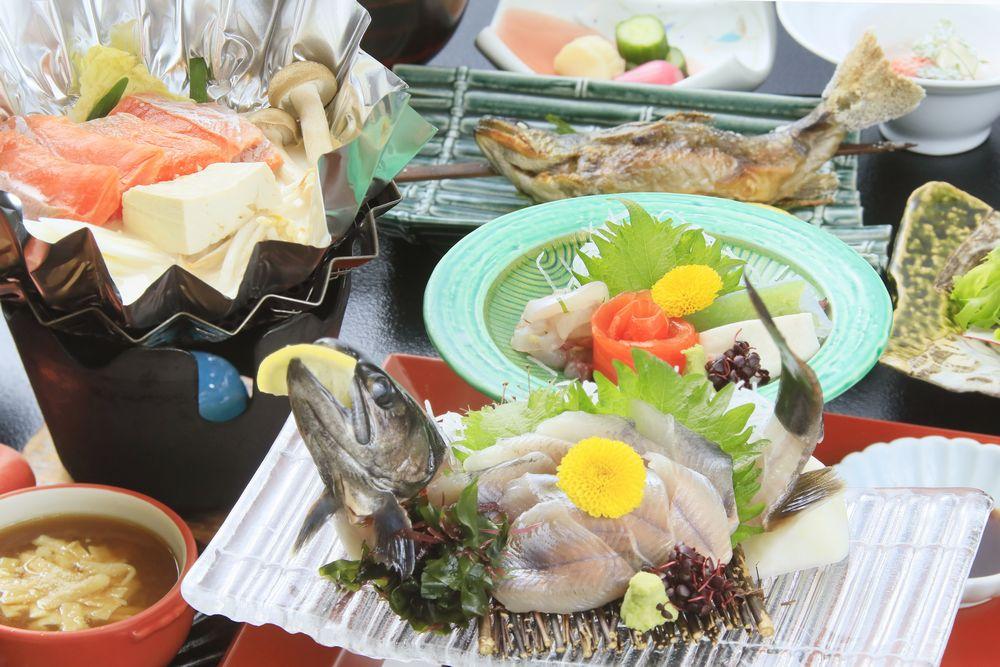 岩魚は姿造りでもお召し上がりいただきます。