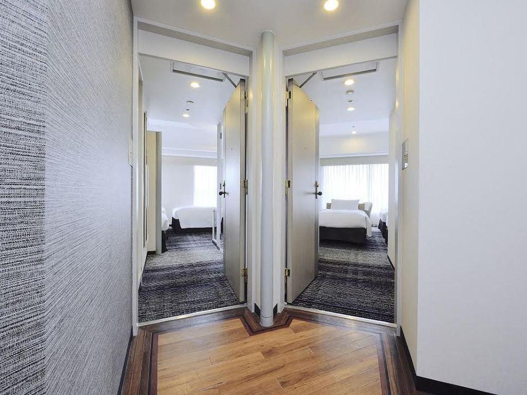 2部屋を自由に行き来できるコネクティングルーム(28�u×2)