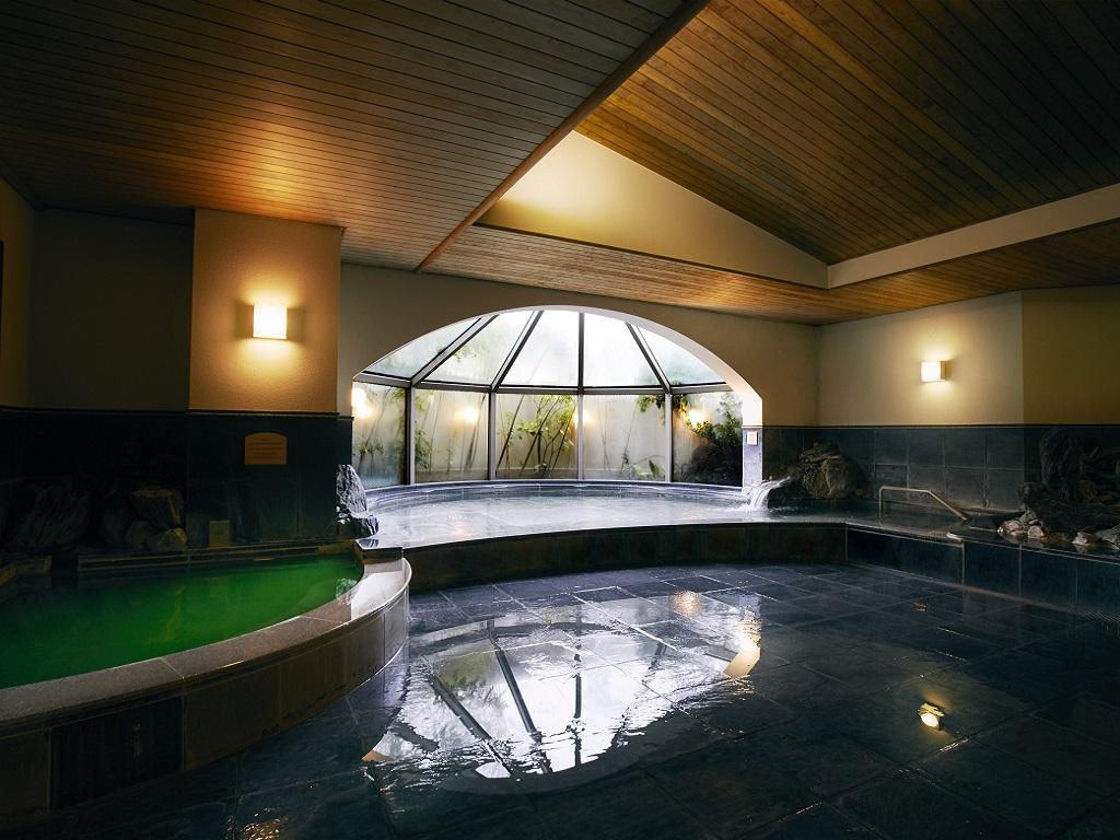 クラブ&クラブ 浴室(男性)