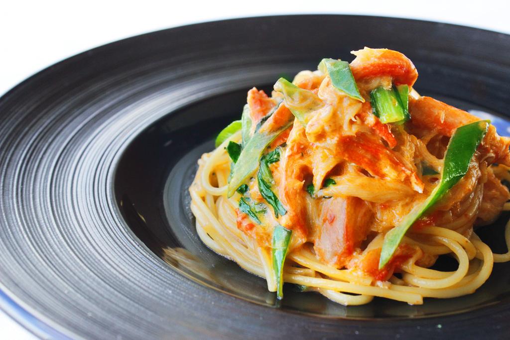 蟹と九条葱のトマトクリームスパゲッティ