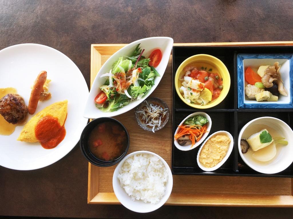 朝食|和・洋食 10種類からなるセットメニュー