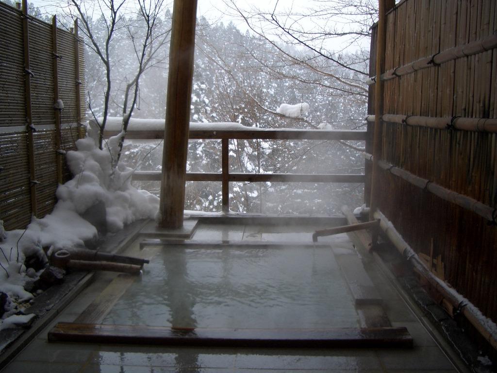 雪景色の貸切露天風呂