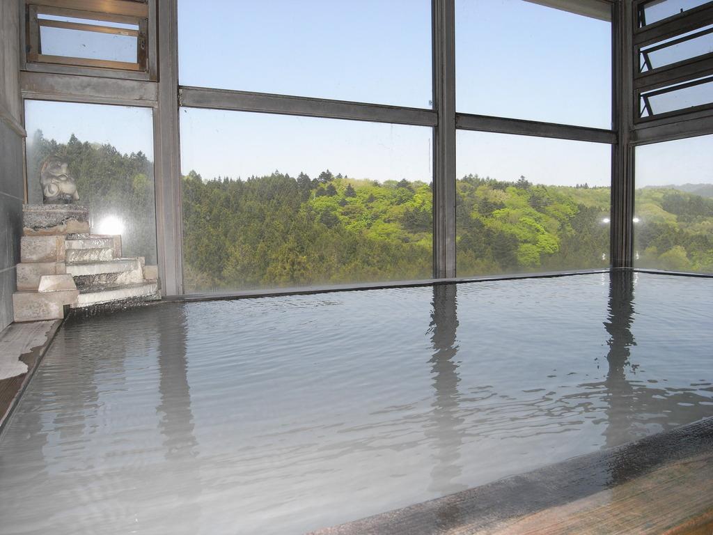 緑の展望大浴場
