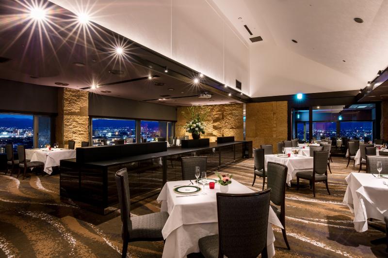 ソルプレーサレストラン