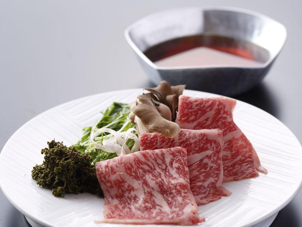 神戸牛と花山椒のすき焼き