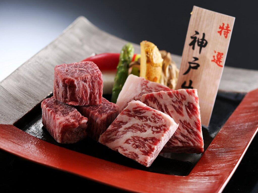 神戸牛フィレとサーロインを食べ比べ ※イメージ