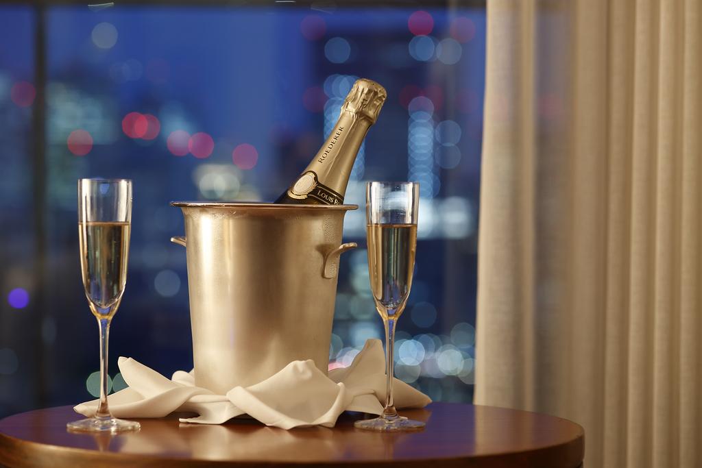 プラン特典 シャンパンイメージ