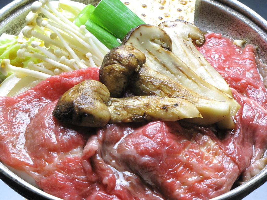 贅沢な松茸×若狭牛のすき焼き☆