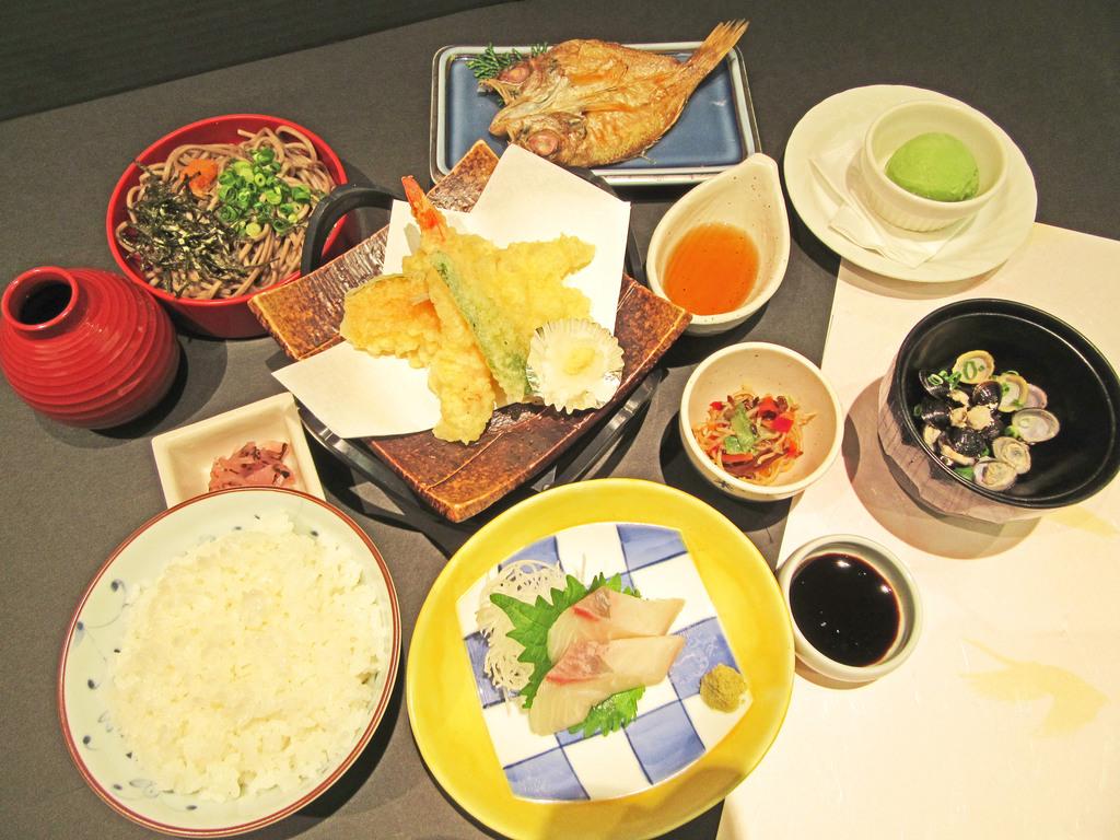 【ご夕食】『和食御膳』盛り付け例