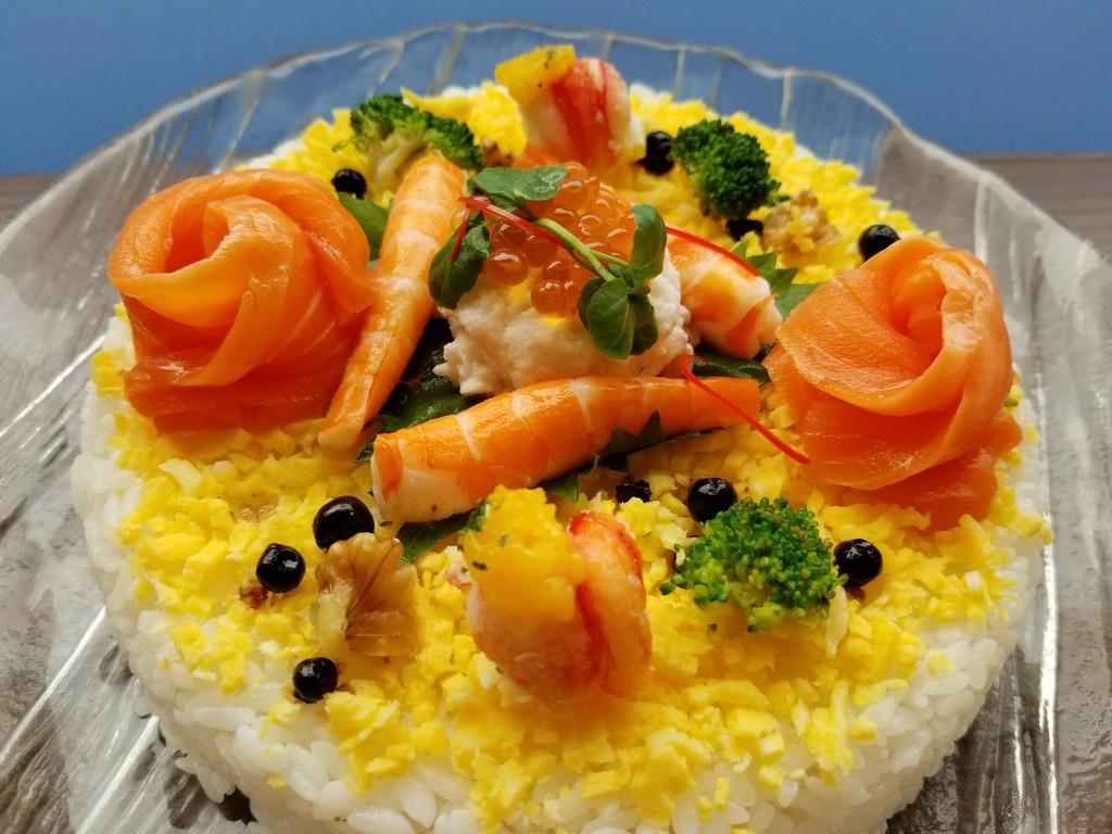 寿司職人が手掛ける寿司ケーキ