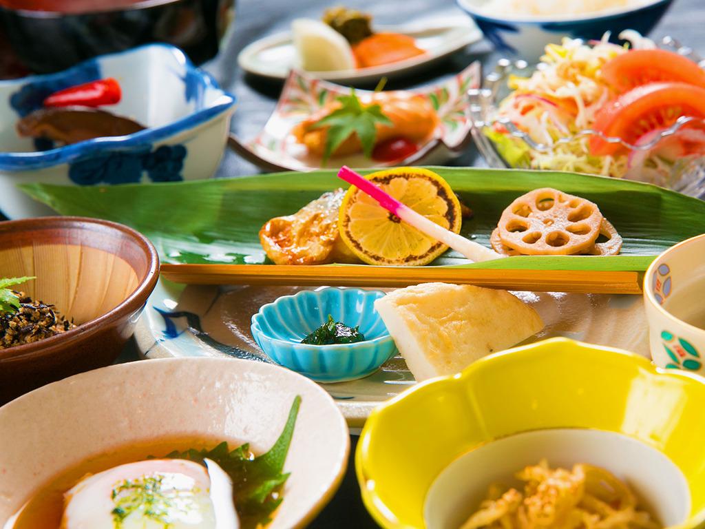 ◆ご朝食◆食材にこだわって、優しい気持ちでご用意する≪和の朝食≫です♪