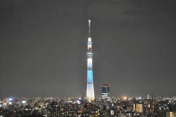 東京スカイツリー®ライティングデザイン「粋」。江戸で育まれてきた心意気の「粋」を表現しています。