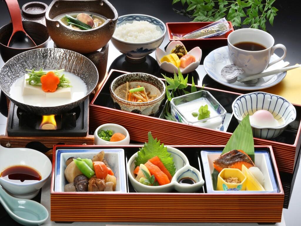 【朝食】和食のセットメニュー ※コロナ対策の為現在バイキングは中止しております。