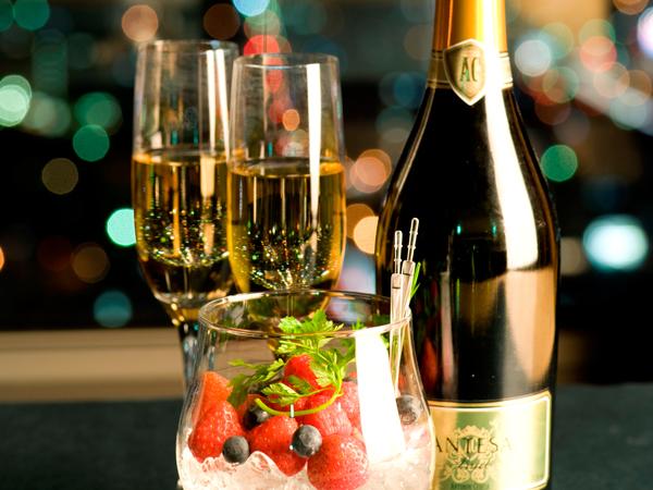 スパークリングワイン&ベリー盛合せ
