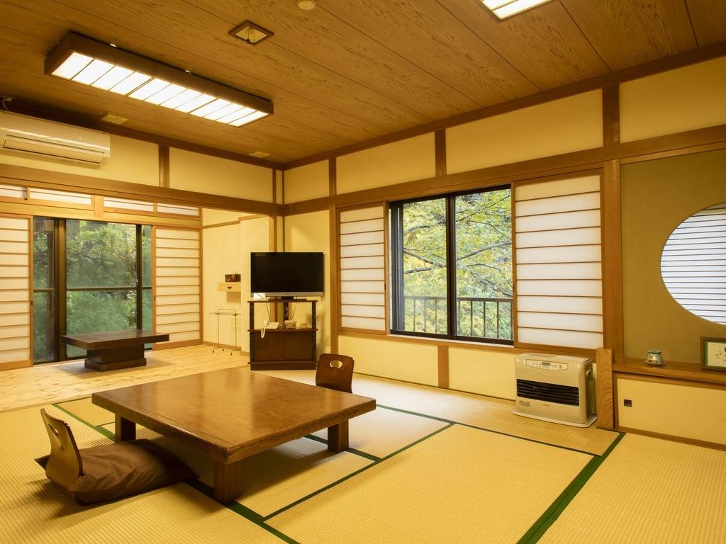 12.4畳の広々和室です。