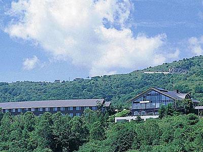 自然と一体になれる雲上のリゾート「ホテルリゾリックス車山高原」