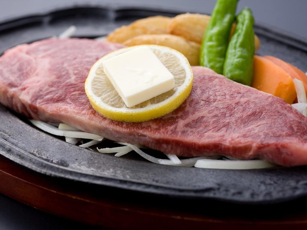 佐賀産特選牛の200gステーキ