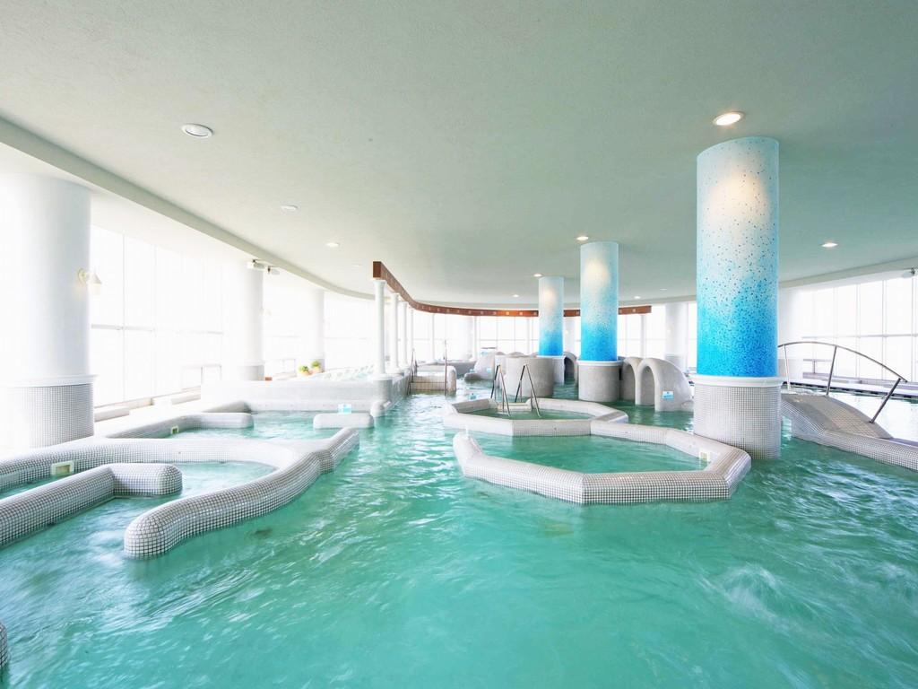 世界最大級の温海水ジェットプール