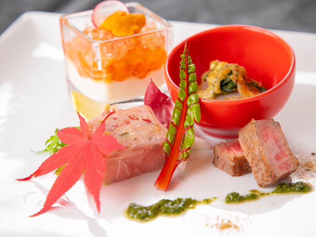 郷土料理の団子汁を中心とした和朝食です