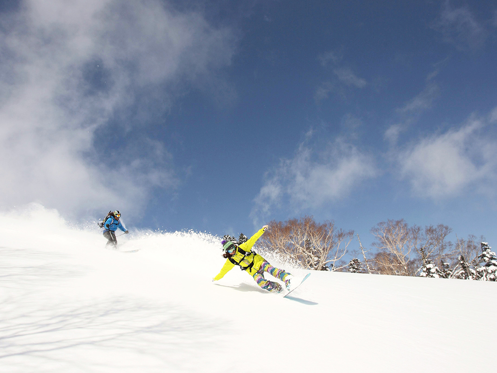 【かぐらスキー場】かぐらエリア・みつまたエリア・田代エリアに分かれる、壮大なスキー場。