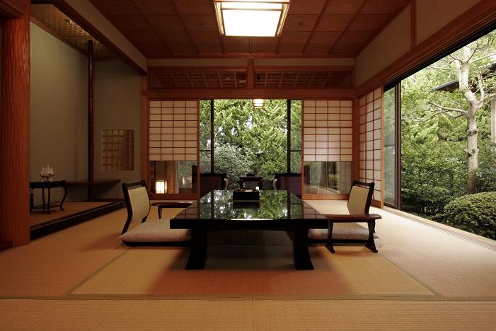 広々10畳+4畳・ひのきの温泉露天風呂付客室 離れで非日常時間をお過ごし下さいませ