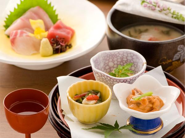料理長おまかせの会席料理(一例)