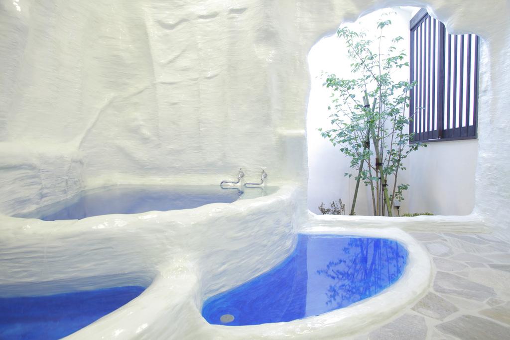 トルコの世界遺産を模した貸切風呂「パムッカレ」は幻想的でもあり楽しさいっぱい。源泉かけ流し