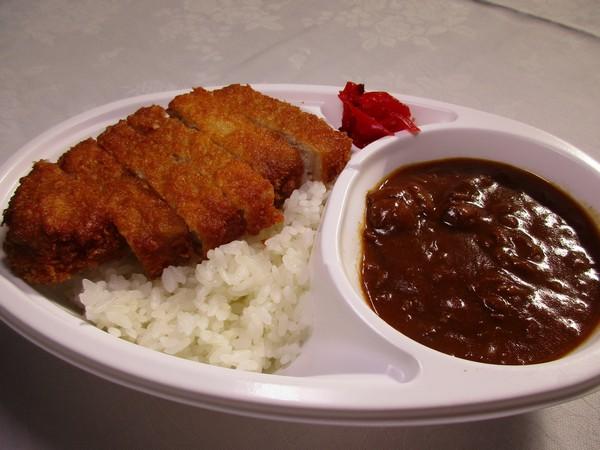 夕軽食かつカレー(イメージ)