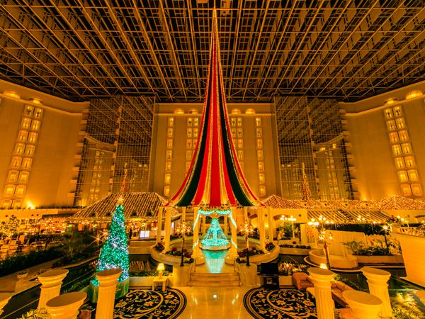 ◇クリスマスイルミネーションに彩られた3階アトリウム(前回イメージ)