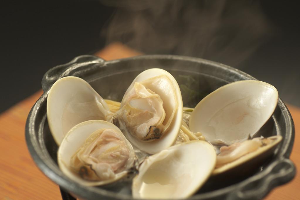 蛤の陶板焼き