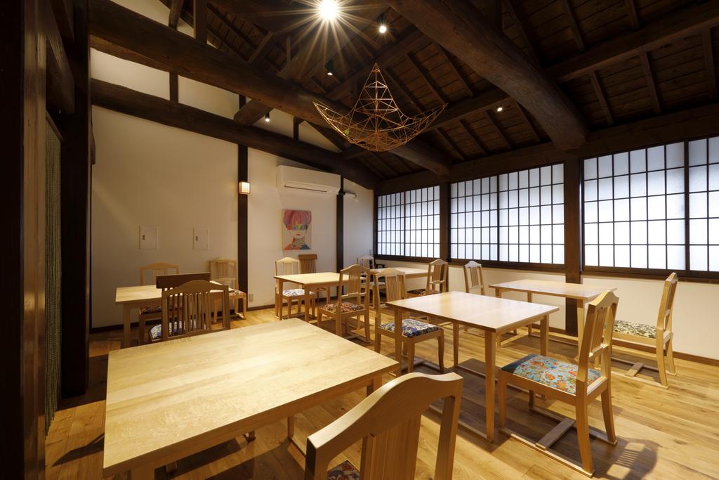 水戸岡鋭治氏デザインのキッズルーム併設レストラン