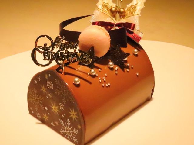 パティシエ特製Xmasケーキで聖夜をお祝い。特別なひとときをお過ごしくださいませ。