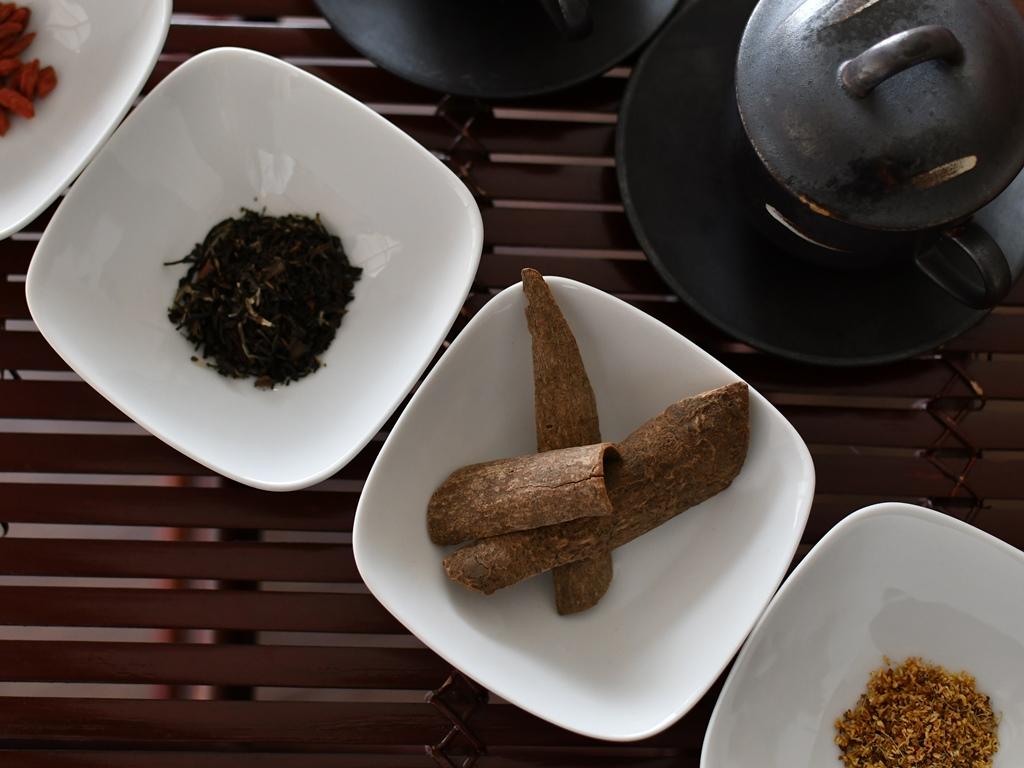 体調や気分に合わせてセレクトする、中国茶を用いたティーセラピー(写真はイメージです)。