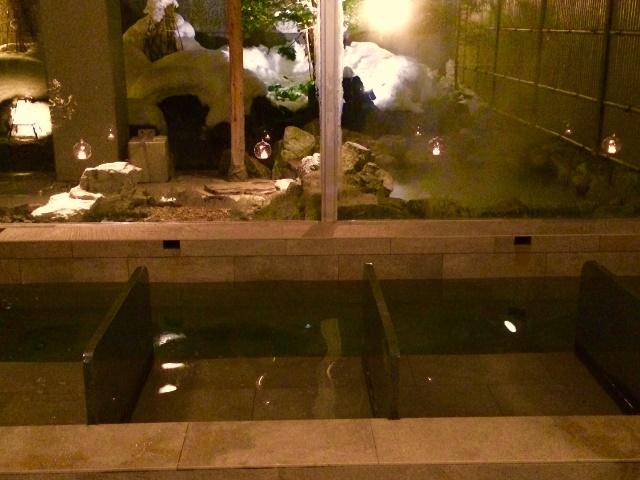 メディテーションスパで温泉呼吸法や、ぬるめの湯温で長湯を愉しむ不感温浴を。