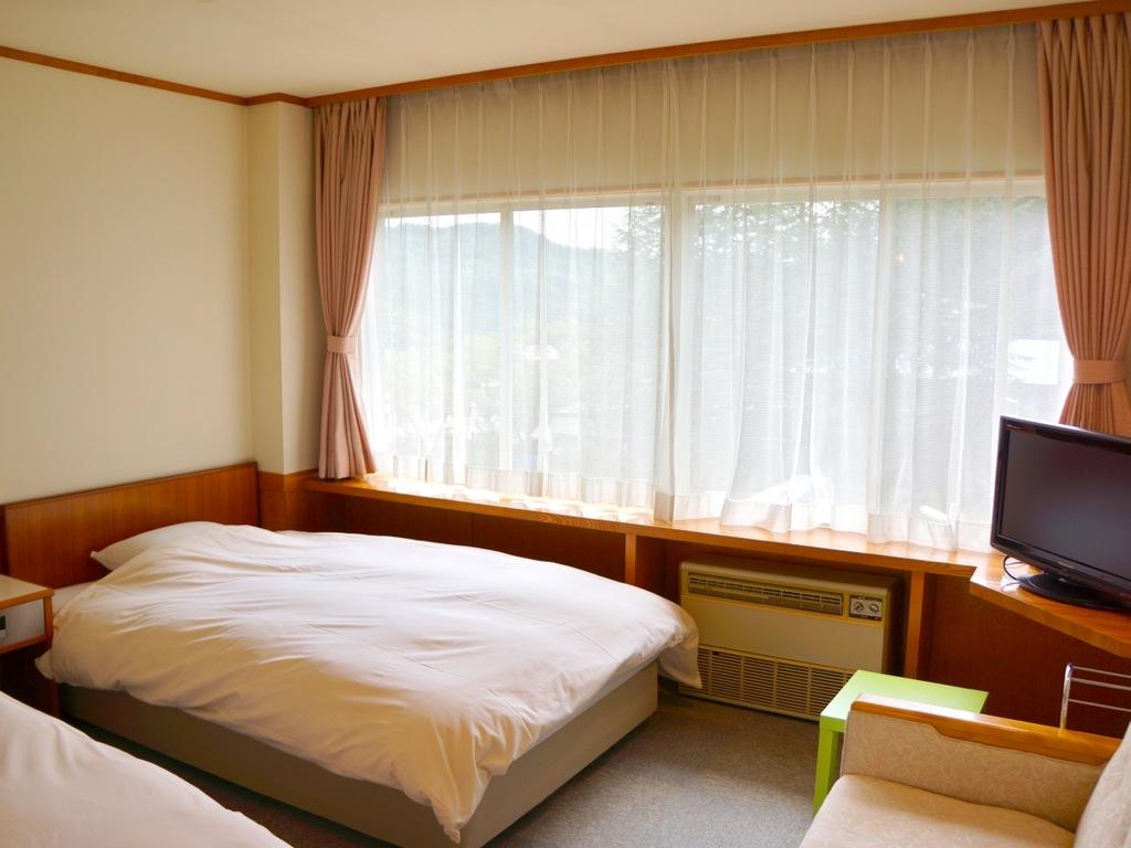 ホテル部屋一例。