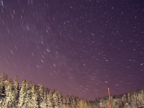 降るような星空は感動的