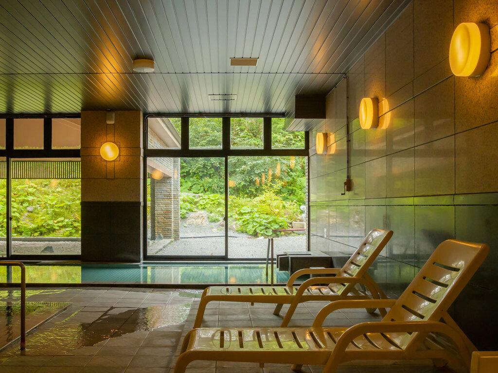 雪を眺めながら温泉で湯ったり♪