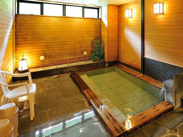 自分だけの時間を・・・。源泉かけ流し100%の温泉を貸切で贅沢に♪