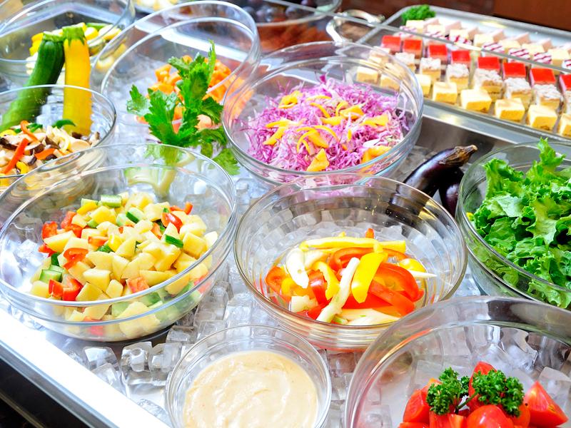 大雪山旭岳のふもとの地元野菜を中心とした野菜ビュッフェ